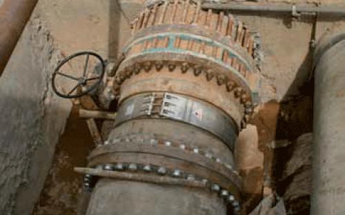INSTAL - Installation einer GFK-Rohrleitung zur Wasserversorgung.